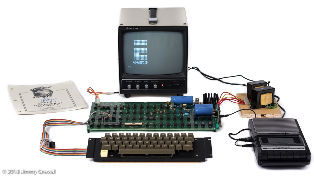 Assembled Apple-1 system